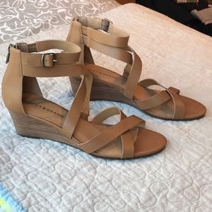Lucky Brand wedge sandal size 9